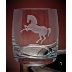 Whiskyglas mit Gravur Pferd